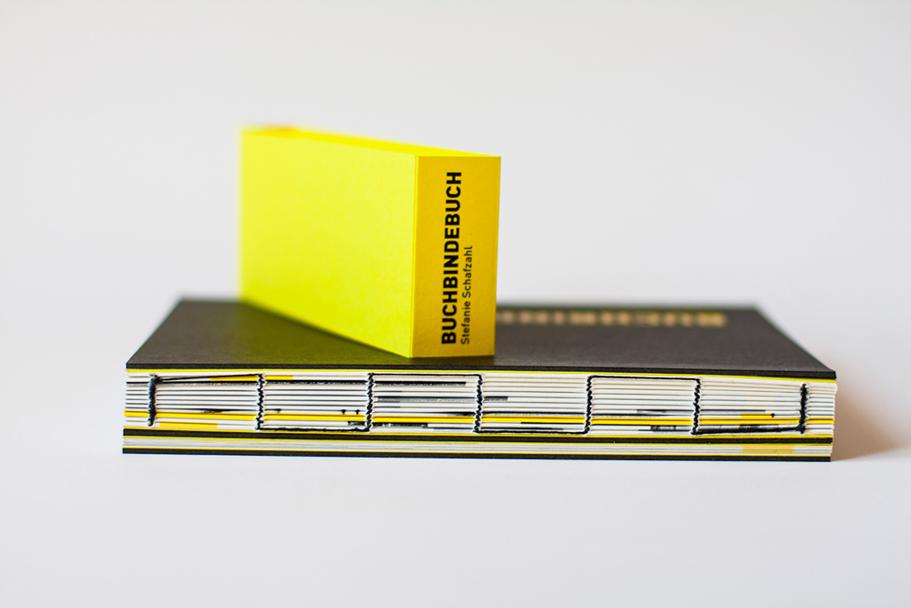Buchbindebuch - Bachelor Thesis Detail Of Binding